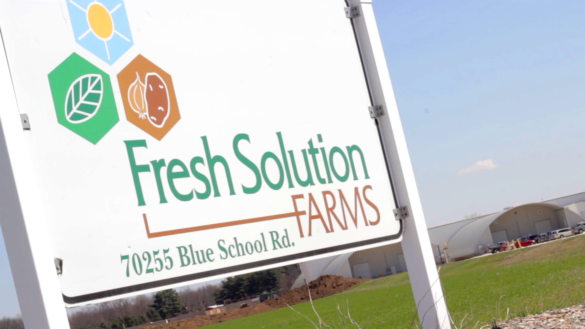 Fresh Solutions Sign