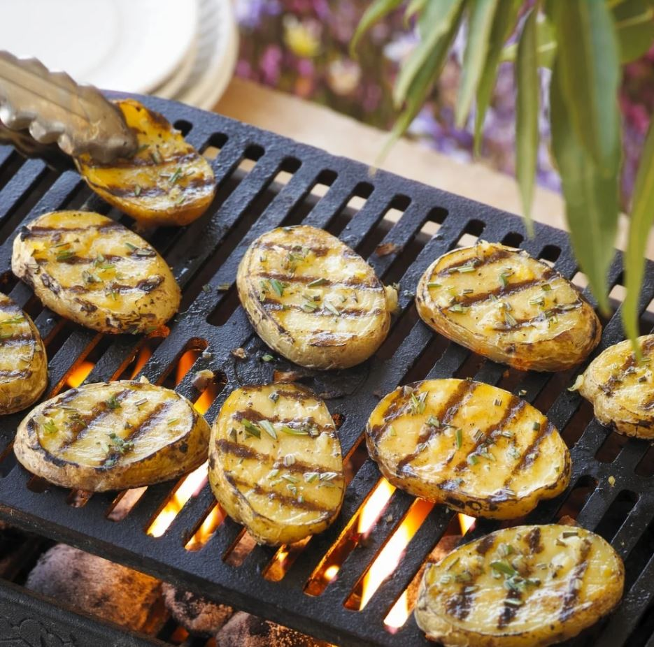 Grilled yellow potatoes